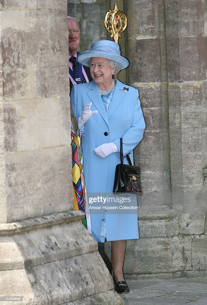 Queen Elizabeth ll leaves a service in Romsey Abbey to commemorate the 400th anniversary of the granting of the Royal Charter on June 8, 2007 in Romsey, England.