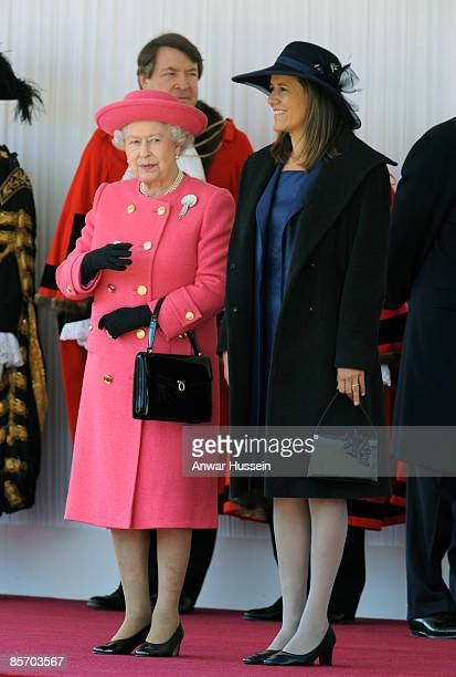 Queen Elizabeth ll meets Senora Zavala wife of President Felipe Calderon of Mexico during an official ceremonial welcome at Horse Guards Parade on...
