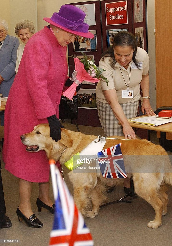The Queen Visits North Hertfordshire College on Comic Releif Day - March 14, 2003 : News Photo