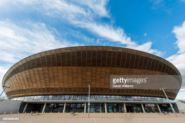 queen elizabeth olympic park - olympic stadium london stock pictures, royalty-free photos & images