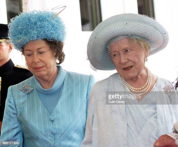 Queen Elizabeth, The Queen Mother, arrives at The Guildhall with Princess Margaret, London, for a lunch to celebrate her 100th Birthday, 27th June...