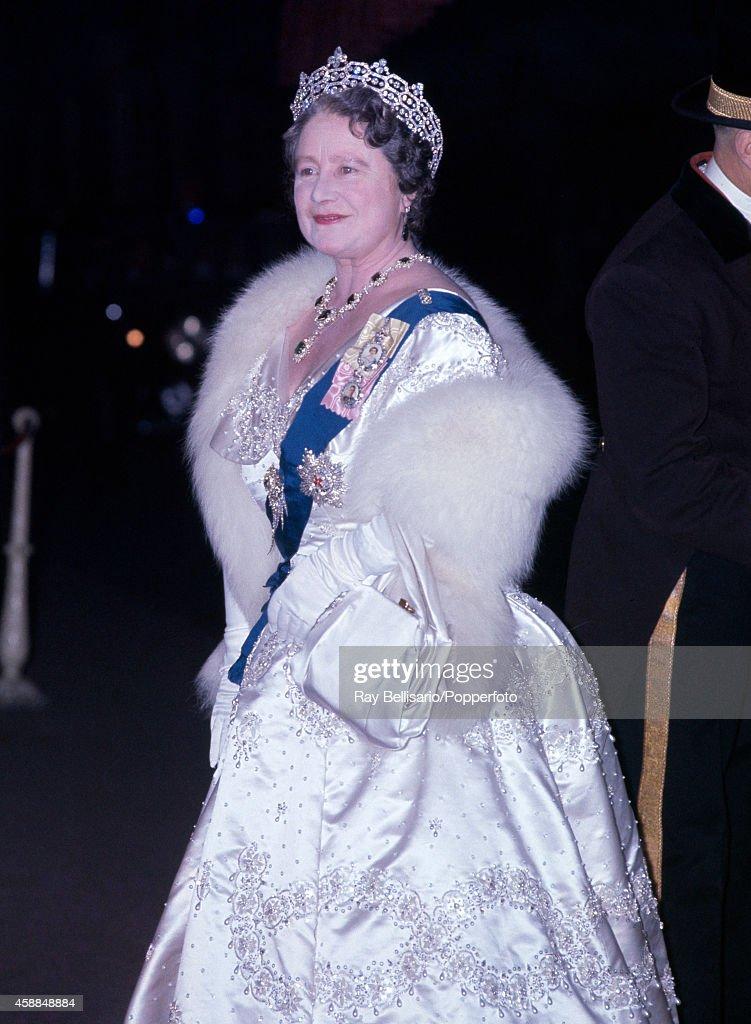 Queen Elizabeth The Queen Mother : News Photo
