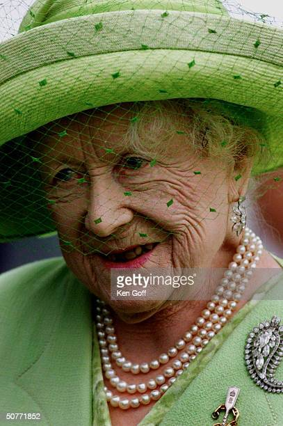 Queen Elizabeth, The Queen Mother, arriving in Dover for presentation of scroll by the Confederation of Cinque Ports as part of her 100th birthday...