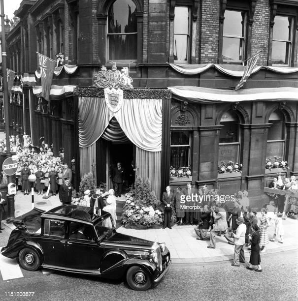 Queen Elizabeth The Queen Mother visits Wigan Town Hall. 26th June 1959.