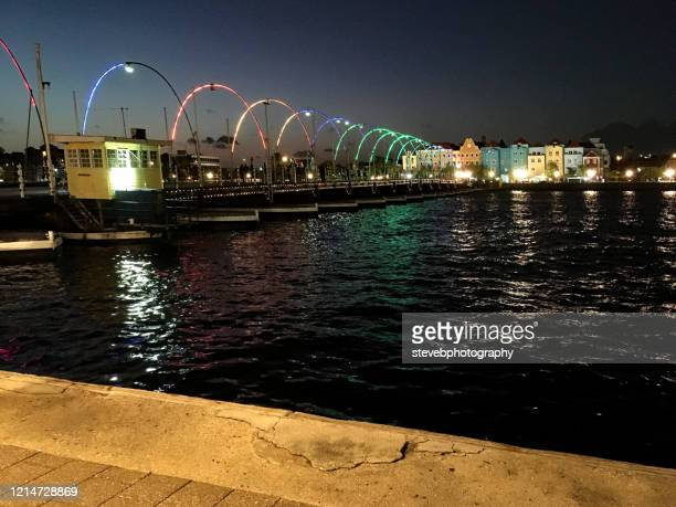 queen emma bridge - stevebphotography stock pictures, royalty-free photos & images