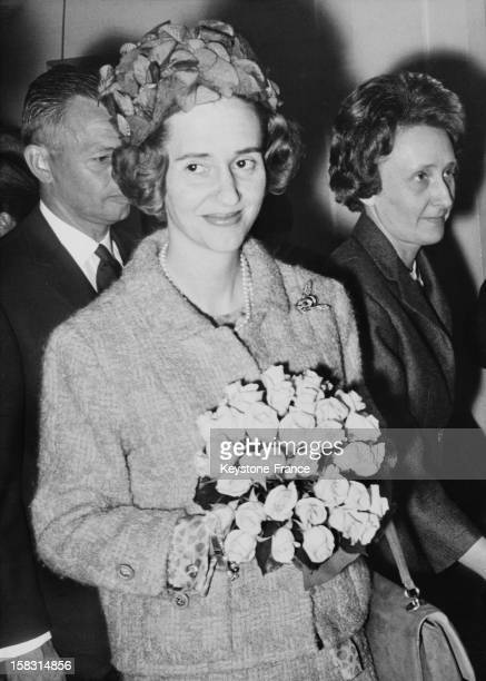 Queen Fabiola Of Belgium visits the national association for the study and treatment of cerebral paralysis in Schaerbeek Belgium behind her the...