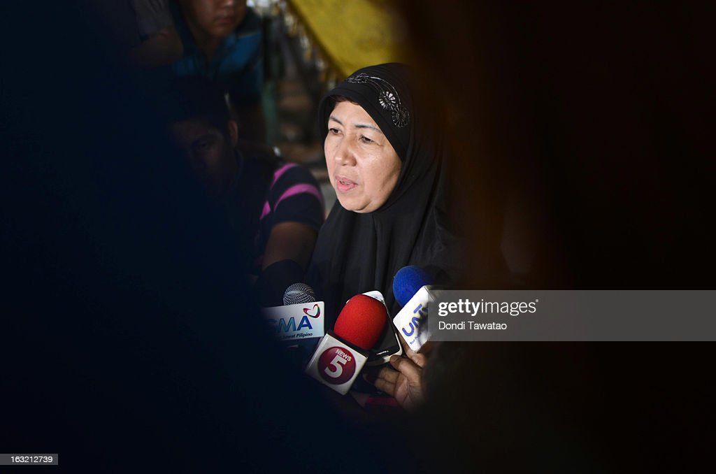 'Queen' Fatima Kiram, wife of self-proclaimed Sultan of Sulu Jamalul Kiram III, speaks during a press conference at his house on March 6, 2013 in Taguig, Philippines. Fighting has broken out anew in the village of Lahad Datu, Sabah, Malaysia as Malaysian security forces comb the coastal areas where the 'Royal Sultanate Army of Sulu' was thought to have been hiding. Around 200 armed followers of Kiram in the restive southern provinces of Sulu and Tawi-Tawi in Mindanao crossed over to neighboring Sabah last February 12 to lay claim to territory as ancestral land, triggering clashes with Malaysian security forces. Philippine diplomatic officials confirmed yesterday that security forces in Malaysia have conducted airstrikes and ground assault on the 'royal army' of the Sultanate of Sulu in Lahad Datu, Sabah. A total of 17 followers of self-proclaimed Sultan of Sulu Jamalul Kiram III and eight Malaysian security forces were killed in the villages of Lahad Datu and Semporna in Sabah.