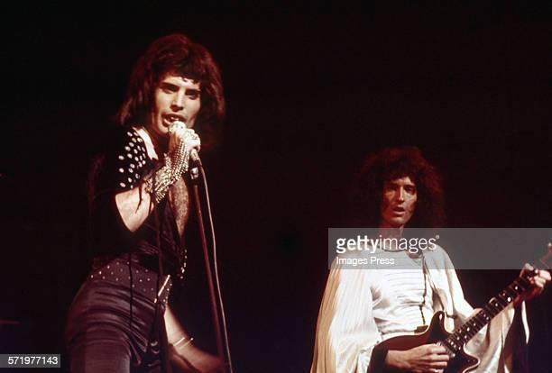 Queen in concert circa 1977