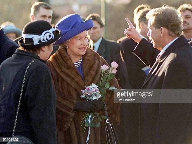 Queen In Prague Czech Republic With President Havel