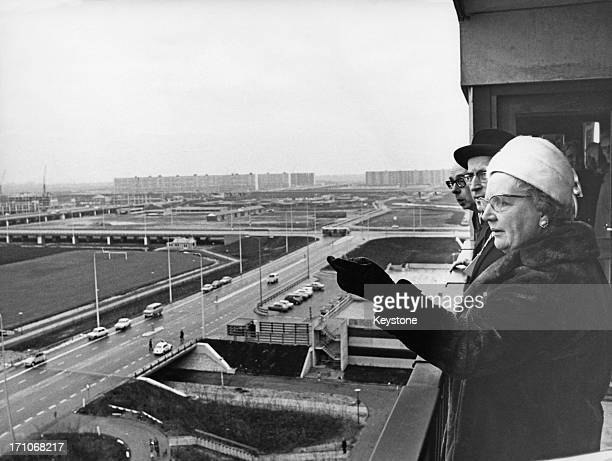 Queen Juliana of the Netherlands viewing the new Bijlmermeer housing complex in Amsterdam, 22nd January 1971. With her is the mayor of Amsterdam, Ivo...