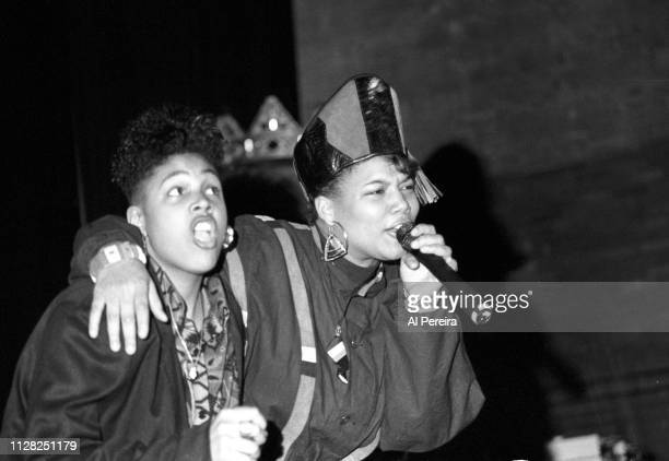 """Queen Latifah and Monie Love perform """"Ladies First"""" at Newark Symphony Hall in Newark, New Jersey in April of 1990."""