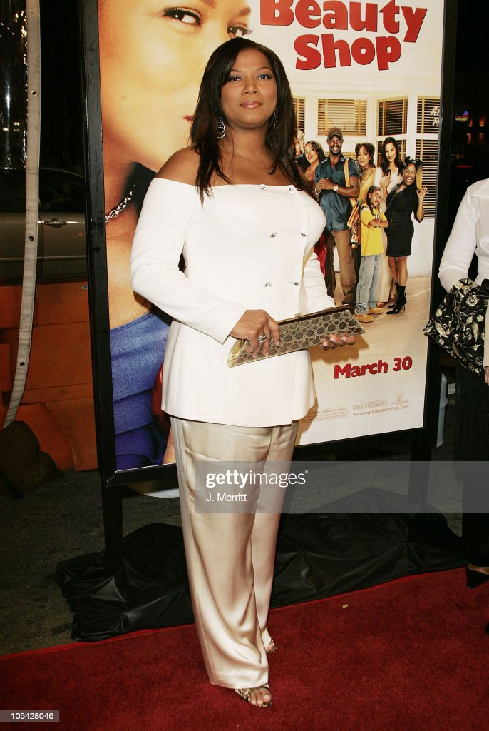 Queen Latifah During Beauty Shop World Premiere At Graumans Chinese Theatre In Hollywood