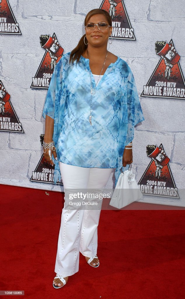Queen Latifah during MTV Movie Awards 2004 - Arrivals at Sony Pictures Studios in Culver City, California, United States.
