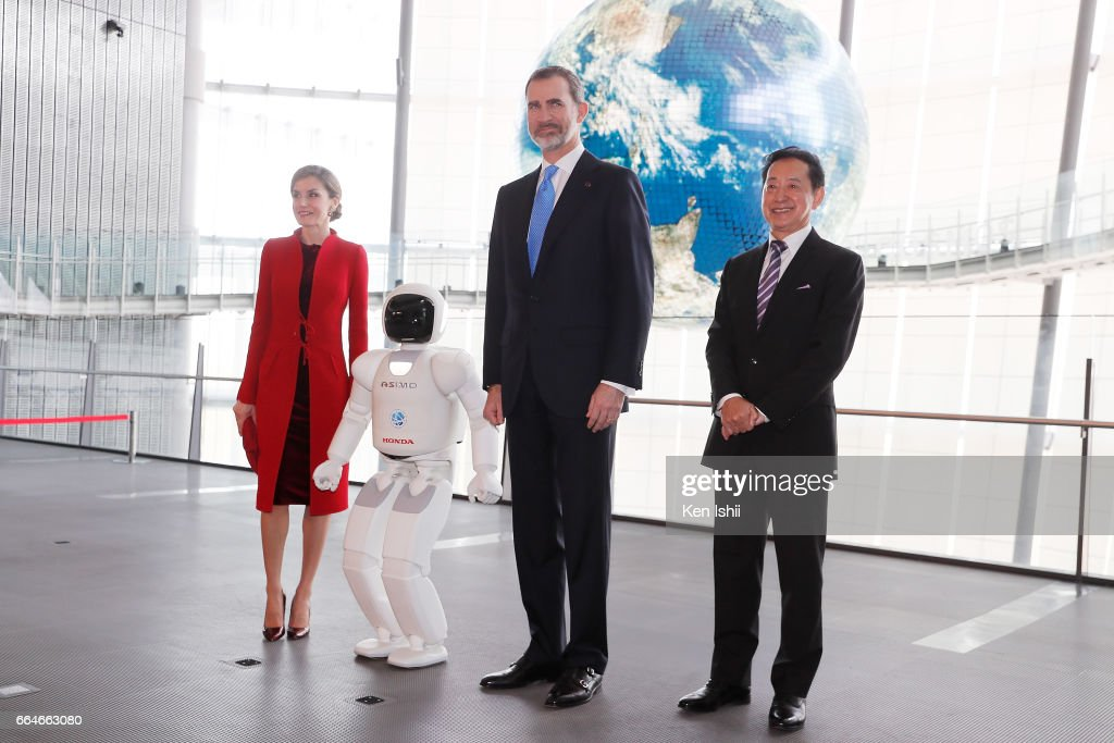 Queen Letizia, King Felipe VI and Mamoru Mori, Chief Executive Director, pose for photos during their visit to the National Museum of Emerging Science and Innovation (Miraikan) on April 5, 2017 in Tokyo, Japan. King Felipe VI and Queen Letizia are visiting Japan from April 4 to April 7, 2017.