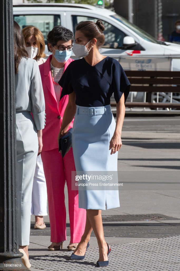 """Queen Letizia Presides Over The Debate """"commemoration Of The Tenth Anniversary Of The Istanbul Convention"""". : News Photo"""