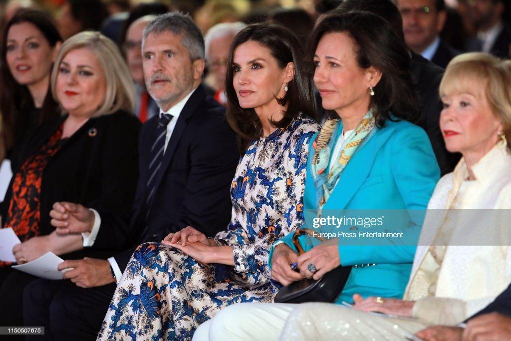 ESP: Queen Letizia Of Spain Attends 'Proyectos Sociales De Banco Santander' Awards