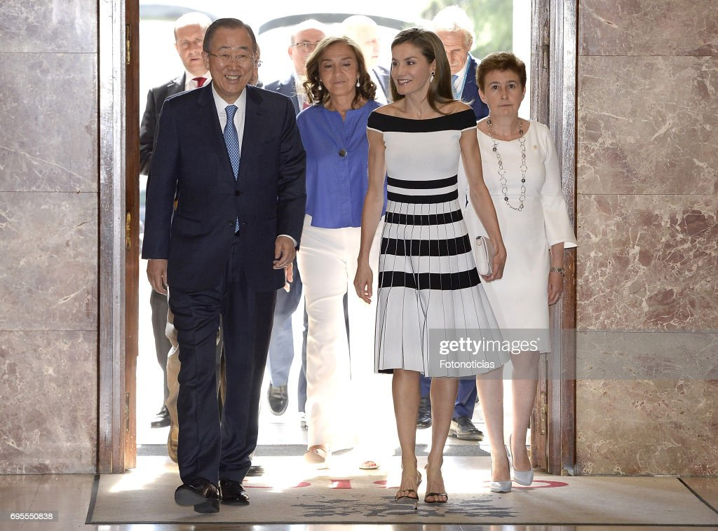 Queen Letizia of Spain (R) and Ban Ki-moon attend the 2017 UNICEF Awards ceremony at the CSIC on June 13, 2017 in Madrid, Spain.