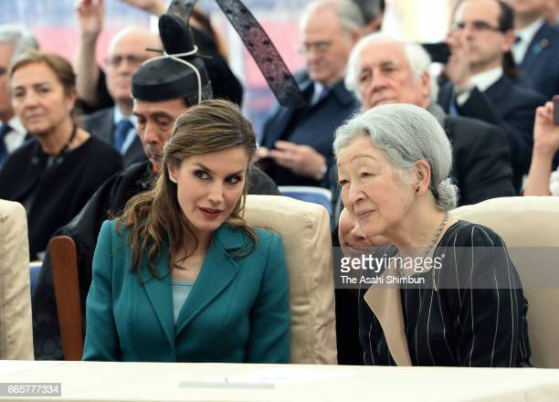 Queen Letizia of Spain and Empress Michiko watch a performance by elementary school students at Shizuoka Sengen Jinja Shrine on April 7 2017 in...