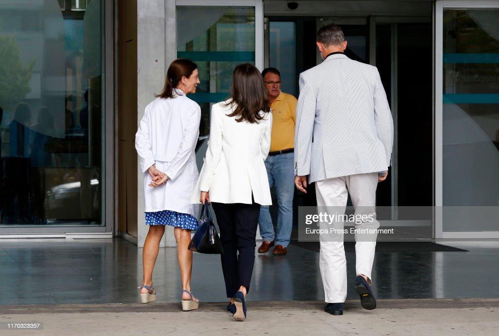 Personalities Visit King Juan Carlos At Hospital : News Photo