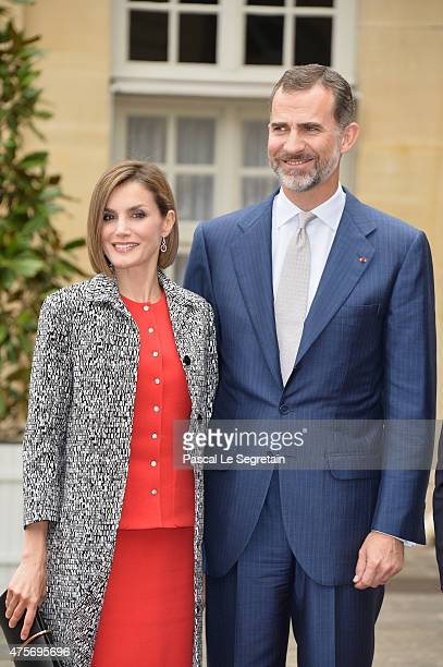 Queen Letizia of Spain and King Felipe of Spain pose in the courtyard of the Hotel Matignon on June 3 2015 in Paris France