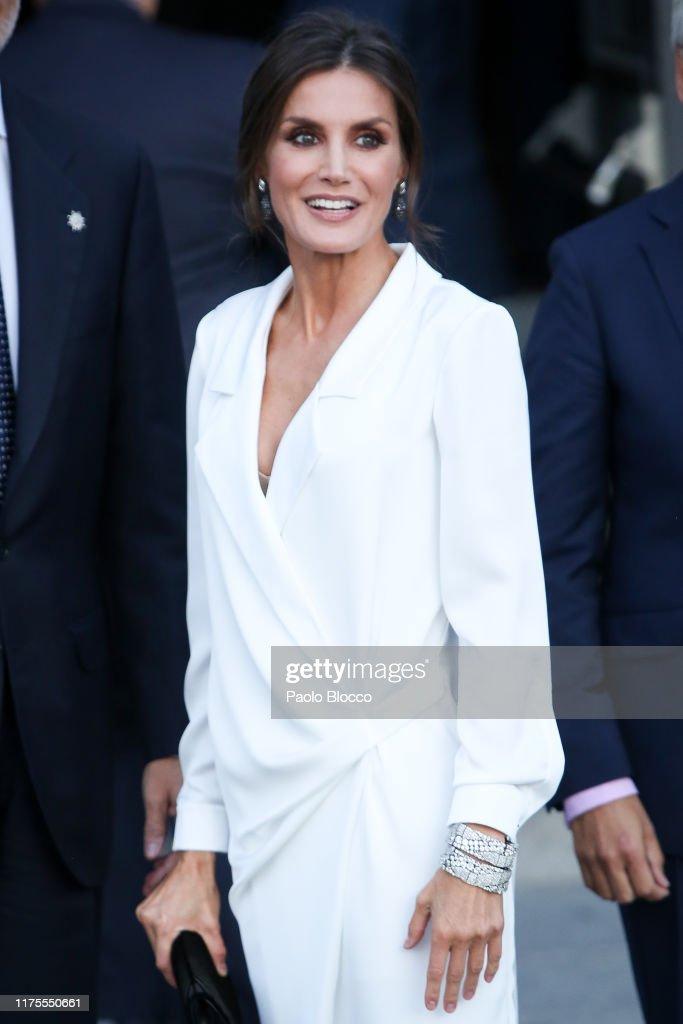 Spanish Royals Arrive At Opera 'Don Carlos' At The Royal Theatre : News Photo