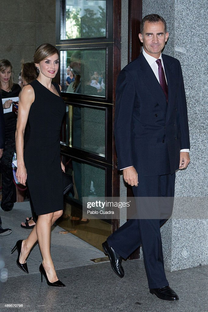 Spanish Royals Attend Royal Theatre New Season Inauguration in Madrid : News Photo