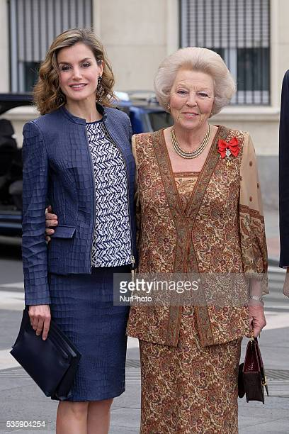 Queen Letizia of Spain and Princess Beatrice of Holland attend the 'El Bosco' 5th Centenary Anniversary Exhibition at the El Prado Museum on May 27...
