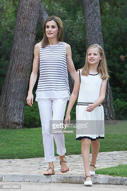 Queen Letizia of Spain and Princess Leonor of Spain poses for the photographers at the Marivent Palace on August 4 2016 in Palma de Mallorca Spain
