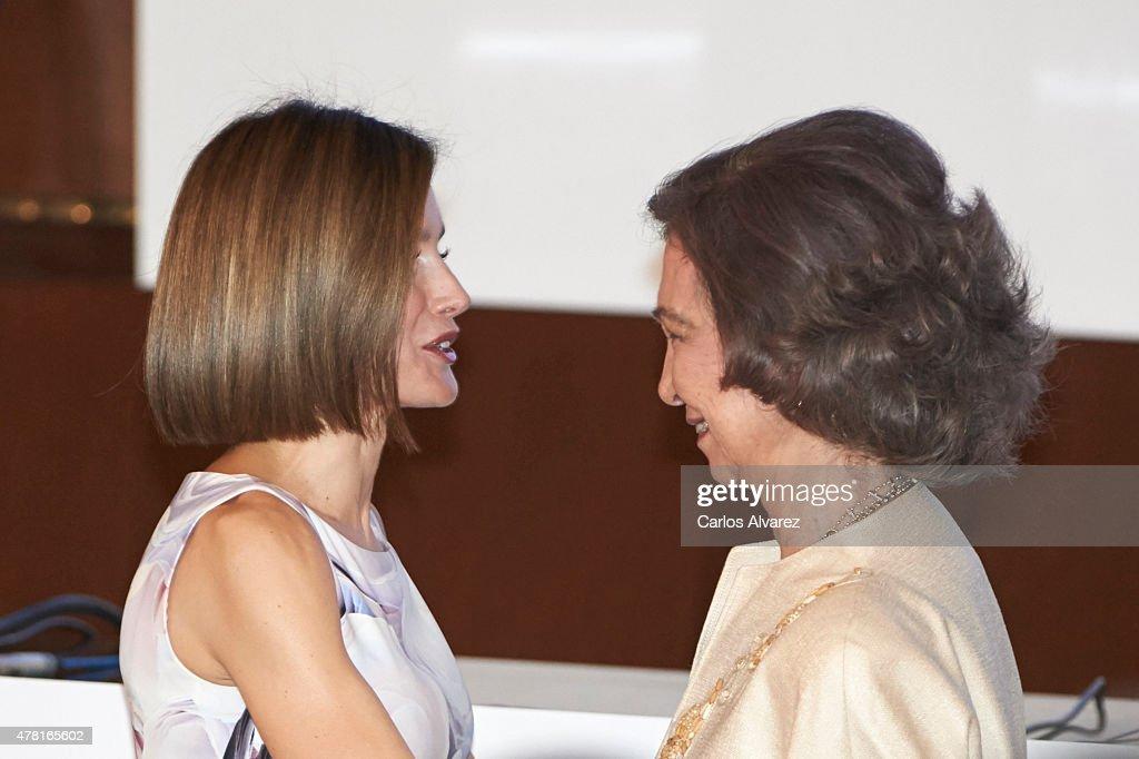 Queen Letizia & Queen Sofia Attend 2015 UNICEF Awards : News Photo