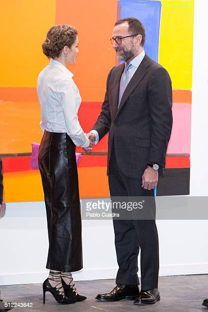 Queen Letizia of Spain and US ambassador to Spain James Costos attend the opening of ARCO 2016 at Ifema on February 25, 2016 in Madrid, Spain.