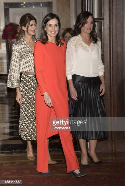 Queen Letizia of Spain, Argentina's First Lady Juliana Awada and Minister of Social Development, Carolina Stanley attend a meeting with members of...