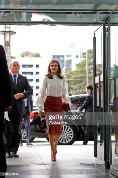 Queen Letizia of Spain arrives at KOTRA the Korea TradeInvestment Promotion Agency for a meeting with startup members on October 24 2019 in Seoul...