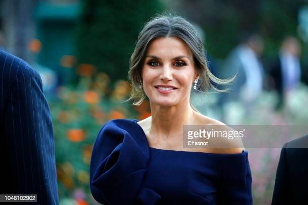 Queen Letizia of Spain arrives at the Grand Palais to visit the Miro exhibition on October 05,2018 in Paris, France. The Spanish royal couple is in...