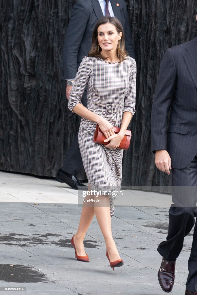 Spanish Royals Arrive At The Inaugural Act Of The Bicentennial Of The Prado Museum : News Photo