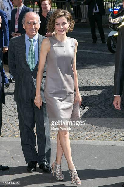 Queen Letizia of Spain arrives at the 'Instituto Cervantes' on June 4 2015 in Paris France