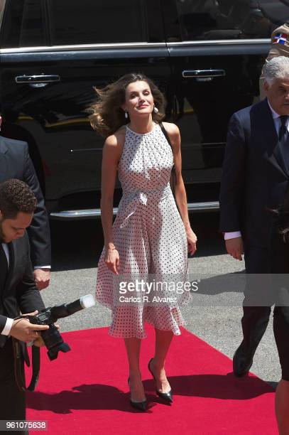 Queen Letizia of Spain arrives at the Presidential Palace on May 21 2018 in Santo Domingo Dominican RepublicÊ Queen Letizia of Spain is on a two day...