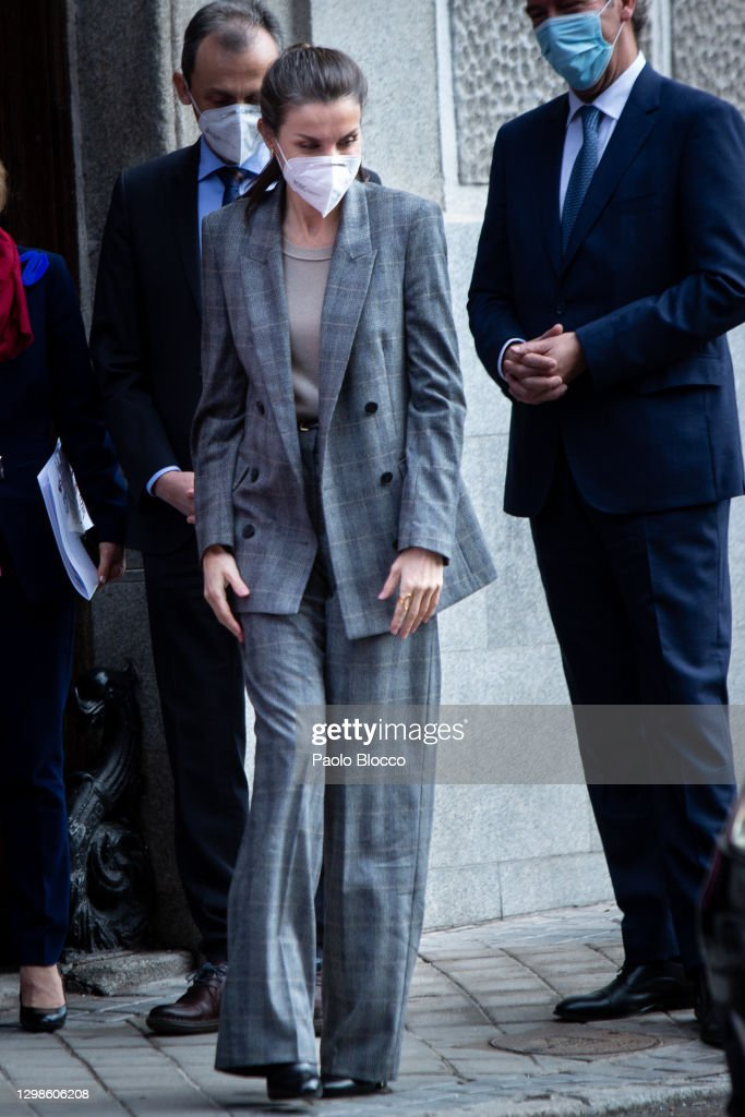 Queen Letizia Arrives At The Royal Academy of Engineering : News Photo