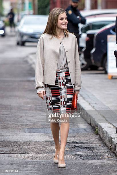 Queen Letizia of Spain arrives for a meeting at CSME on October 18 2016 in Madrid Spain
