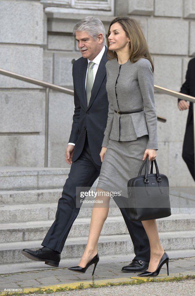 Queen Letizia of Spain Arrives At AECID Headquarters : News Photo
