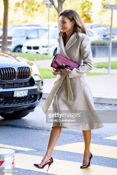 Queen Letizia of Spain arrives to attend a work meeting at the World Heath Organization's Headquarters In Geneva on October 24 2017 in Geneva...