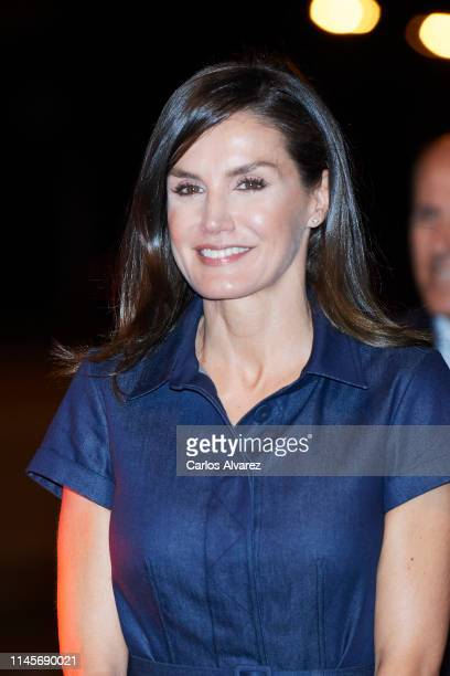 Queen Letizia of Spain arrives to the Maputo International Airport on April 28 in Maputo Mozambique Queen Letizia of Spain is on a two day visit to...