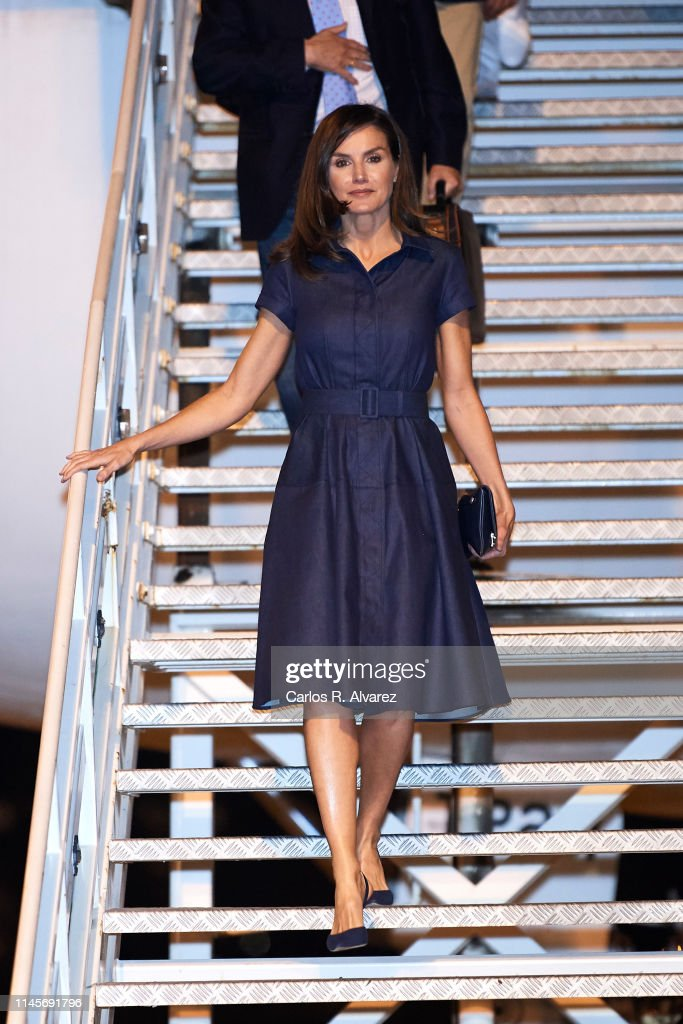 Queen Letizia Of Spain Arrives To Maputo International Airport : News Photo