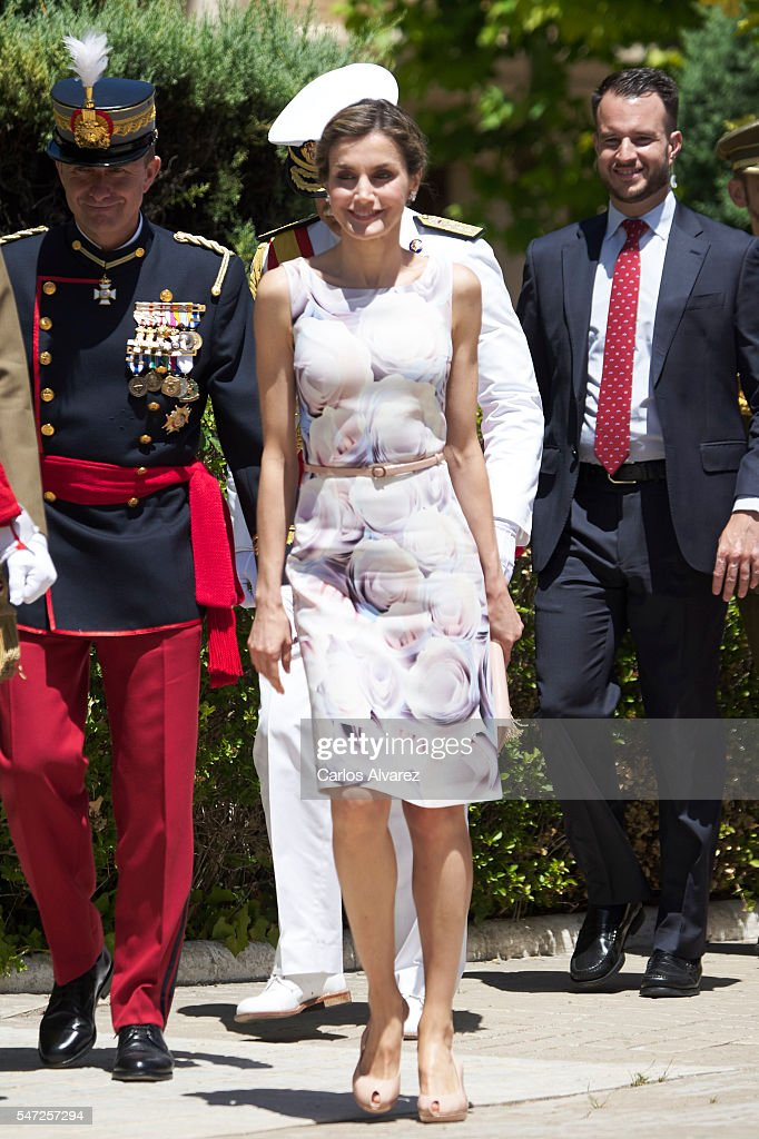 Spanish Royals Attend a Military Event in Zaragoza : News Photo