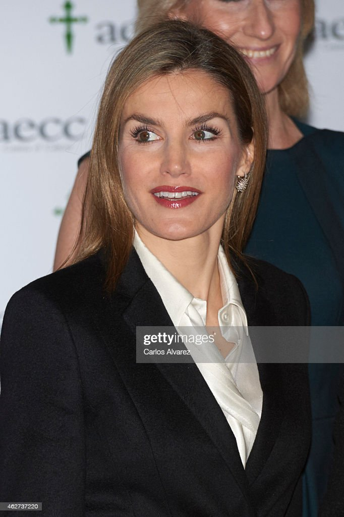 Queen Letizia of Spain Attends A Forum Against Cancer : News Photo