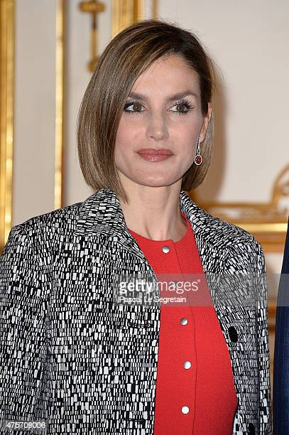 Queen Letizia of Spain attends a lunch hosted by French Prime Minister at the Hotel Matignon on June 3 2015 in Paris France King Felipe VI of Spain...