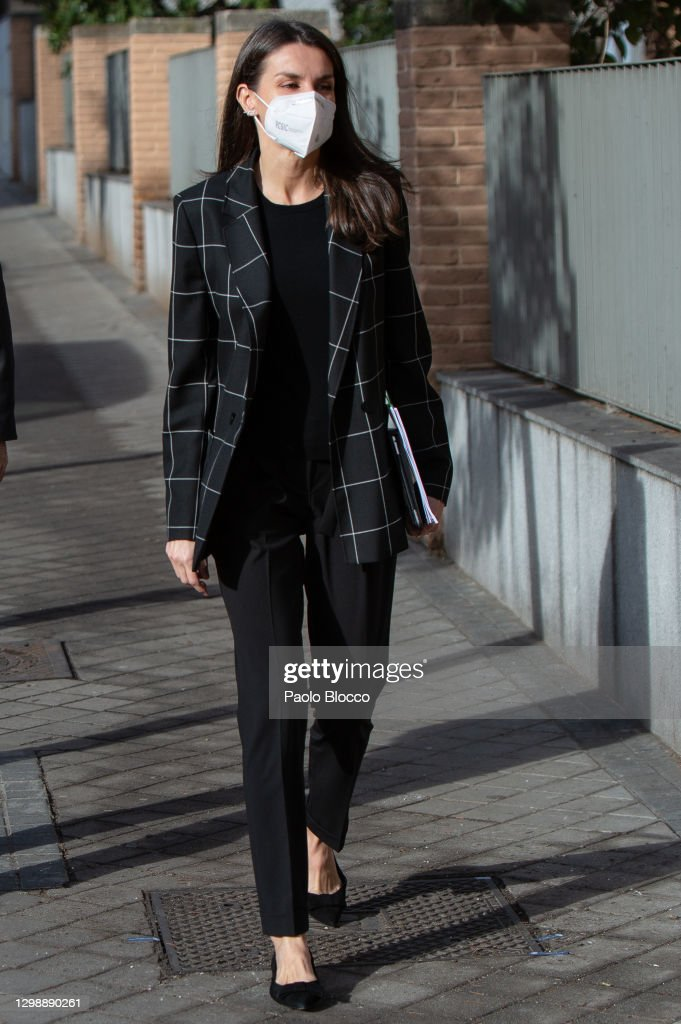 Queen Letizia Attends A Meeting At FEDER Headquarters : News Photo