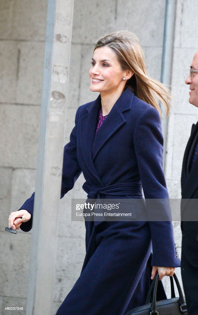 Queen Letizia Of Spain Attends Spanish Asociation Against Cancer Meeting : News Photo