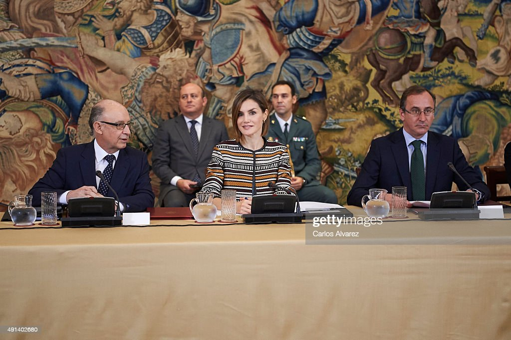 Queen Letizia of Spain Attends a Council Meeting With Royal Board on Disability : ニュース写真