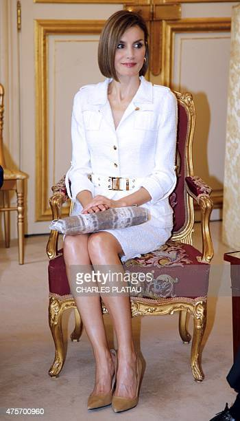 Queen Letizia of Spain attends a visit at the Senate in Paris on June 3 2015 King Felipe VI is on a twoday state visit in France AFP PHOTO / POOL /...