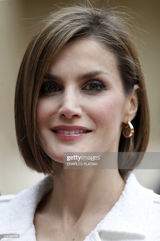 Queen Letizia of Spain attends a visit at the Senate in Paris on June 3, 2015. King Felipe VI is on a two-day state visit in France.